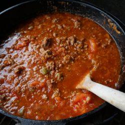 Bolognese Sauce aus dem Dutch Oven